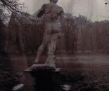 sculpture sur le dos