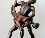 sculptor ,Bronzes, 55 cm high: 4,271$