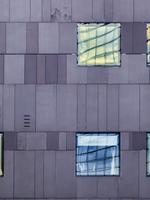 The windows tell 3
