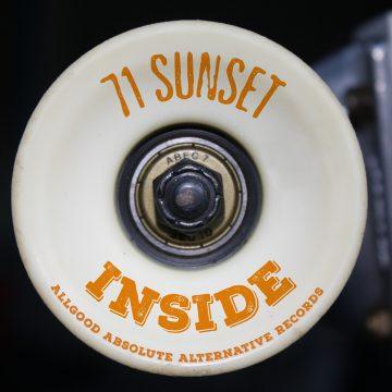 71 Sunset – Inside