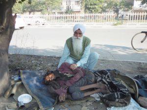 DrMangat_Picking_up_HomelessSick_from_Roadside