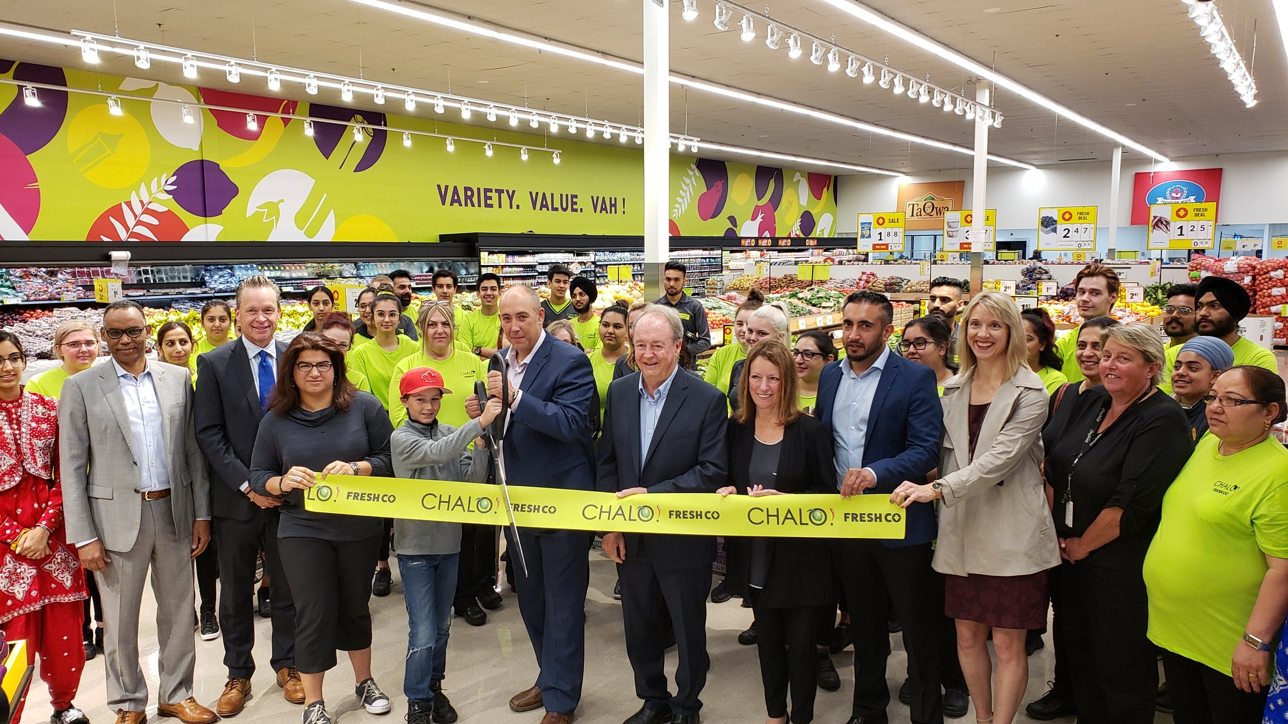 Chalo! FreshCo welcomes customers with two new locations in