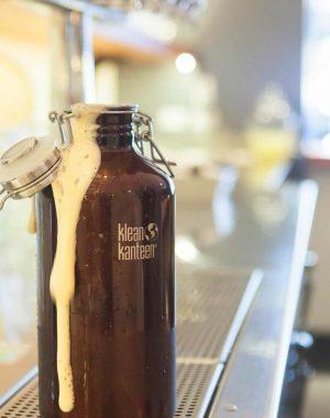 Botella-Térmica-con-Tapa-para-Cerveza-2