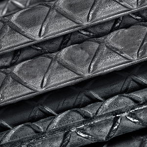 Varilla corrugada de amplio uso en la industria de la construcción que ofrece una alta resistencia estructural. De sección circular y superficie corrugada cuenta con la exclusiva corruga en forma de cruz que incrementa la adherencia al concreto y evita el deslizamiento en la estructura.