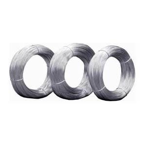 Alambre de acero al carbono y galvanizado con recubrimiento de zinc con una gran uniformidad en el diámetro.
