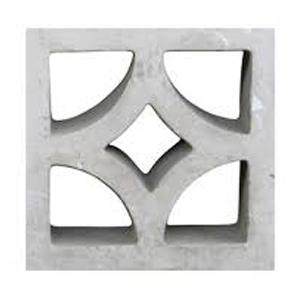 Son módulos ornamentales en cemento expuesto de fino acabado, elementos decorativos y vistosos que ayudan a nivelar la cantidad de luz y asegurar un adecuado confort térmico interior.