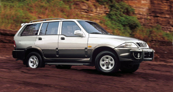 2002 SSANGYONG MUSSO 3.2 BICOLOR AT 5P