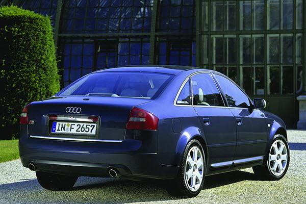 AUDI S6 2003