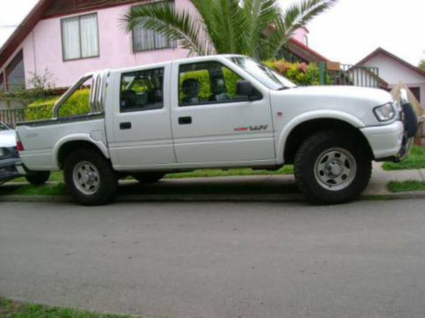 2004 CHEVROLET LUV 2.8 DIESEL 4WD WORK AC MT 4P