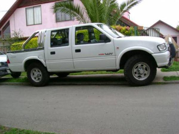 2005 CHEVROLET LUV 2.5 DIESEL 4WD WORK AC MT 4P