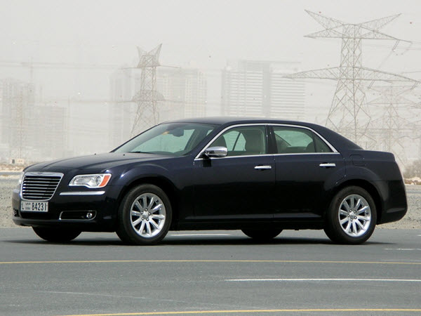 CHRYSLER 300C 2013