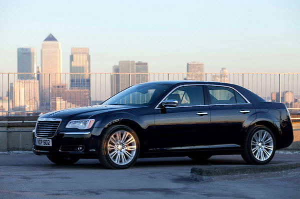 CHRYSLER 300C 2016