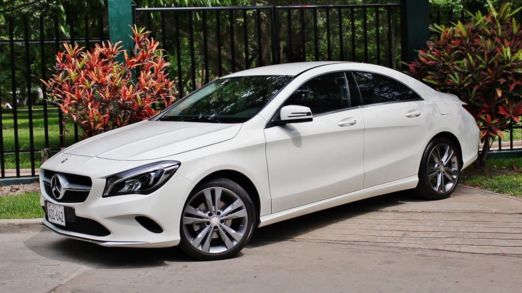 2019 MERCEDES BENZ CLA180 1.8 AT 4P