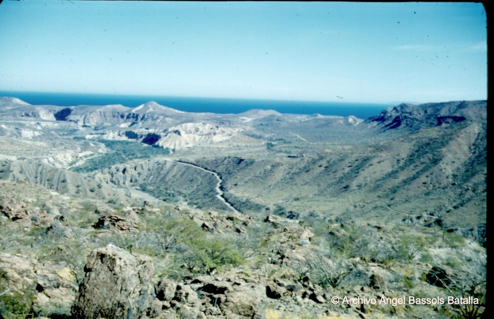 Bajada a Bahía Los Ángeles
