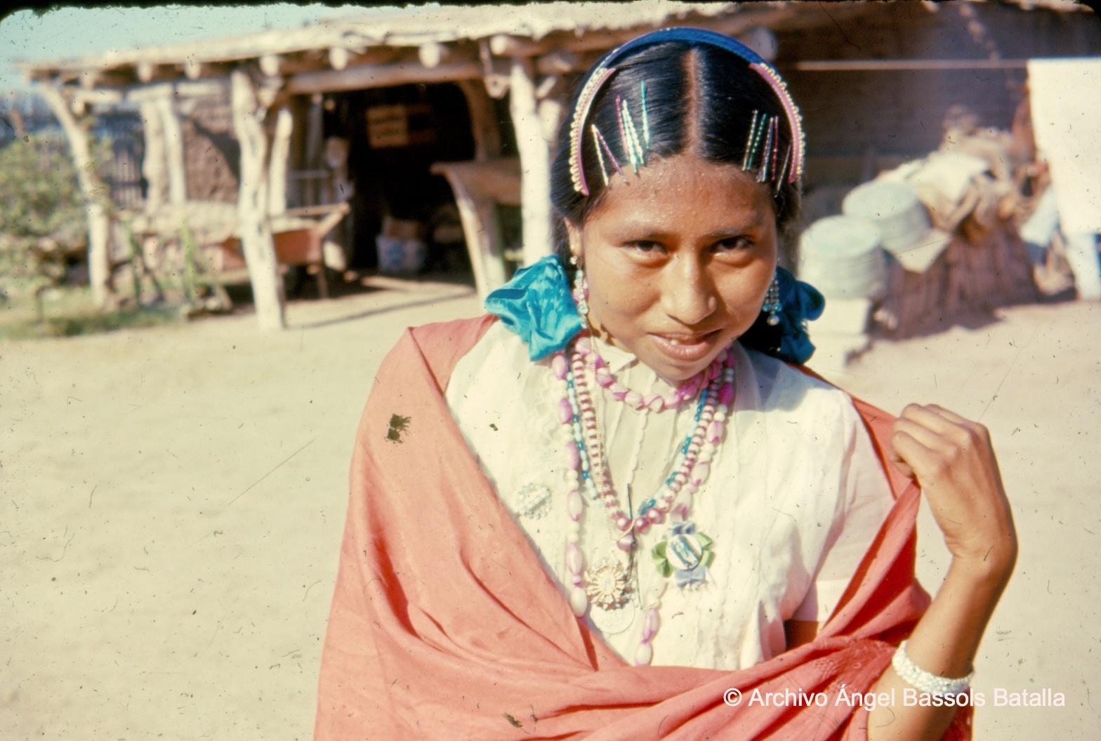 Mujer yaqui de Bácum