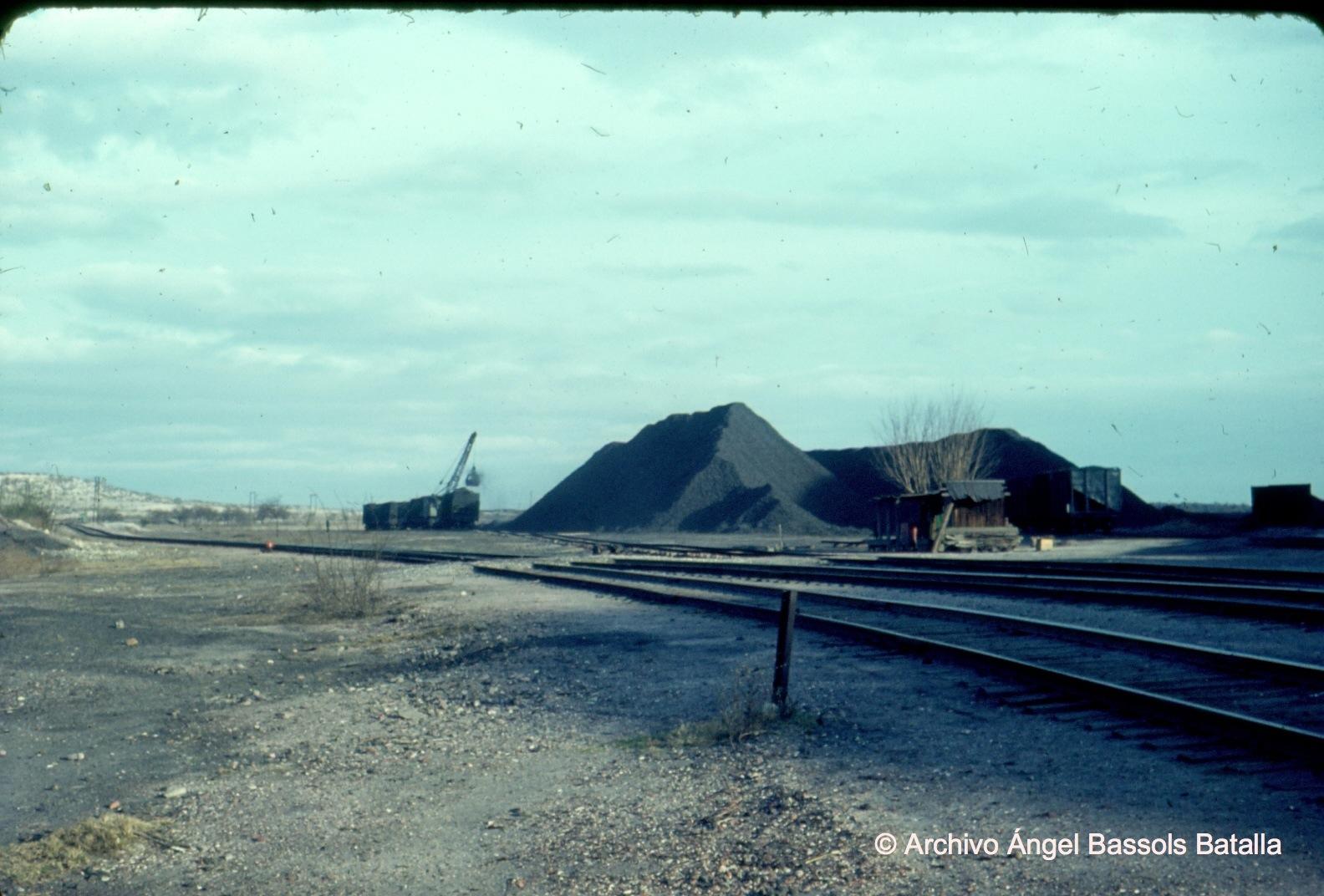 Montes de carbón al Norte de Rosita