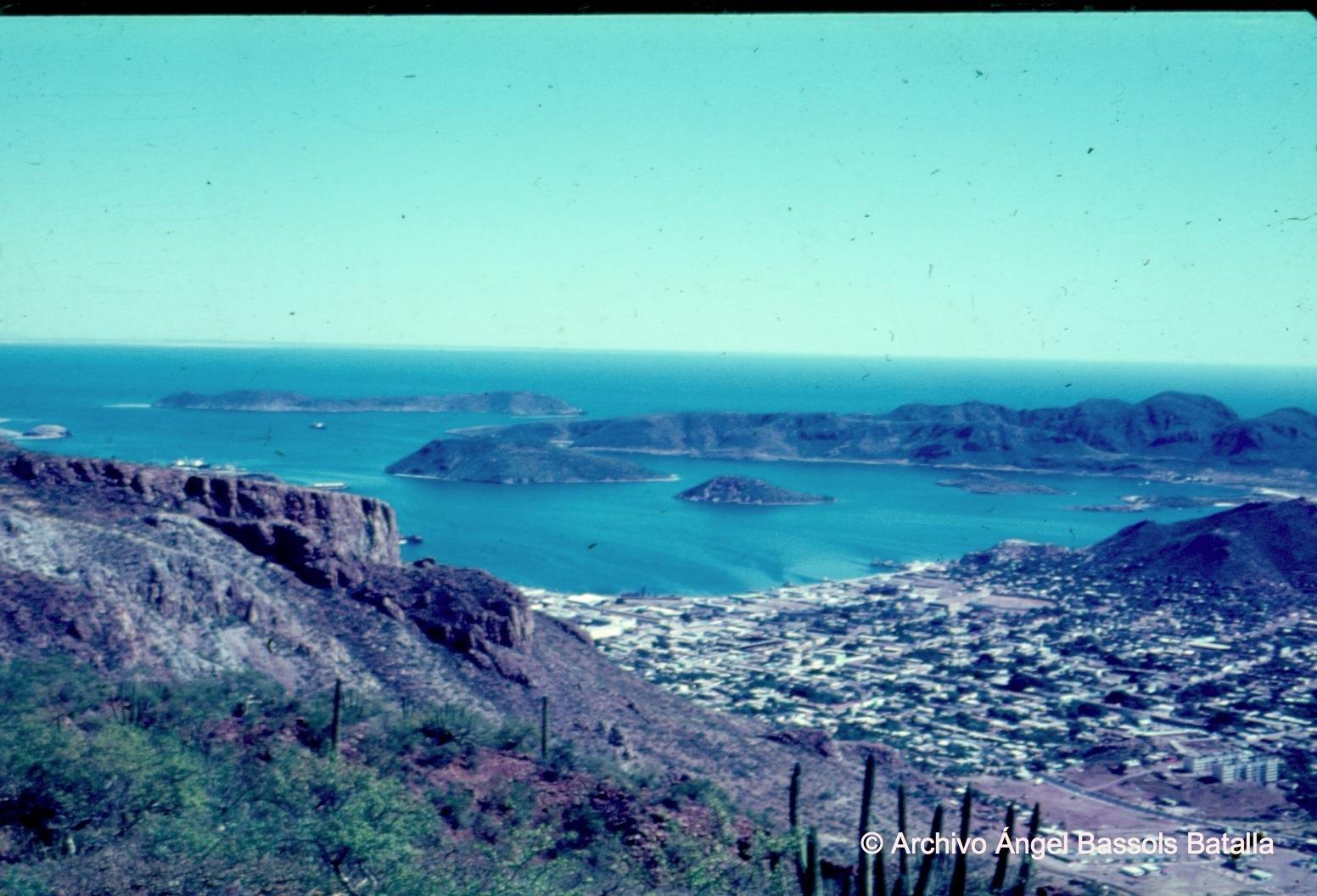 La Bahía de Guaymas desde cerro El Vigía