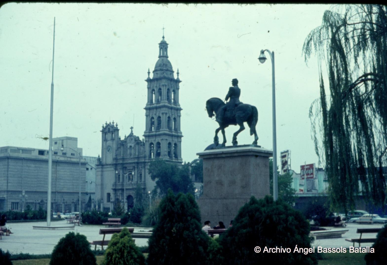 Plaza central de Monterrey