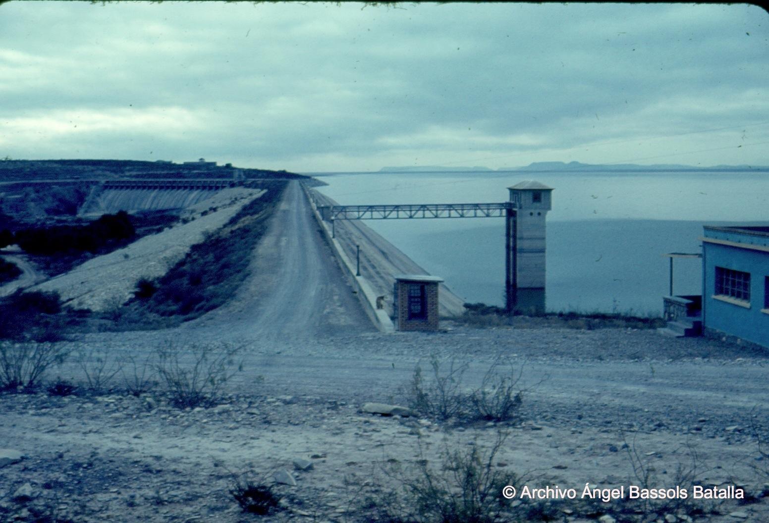 Cortina de presa Falcón de Río Bravo