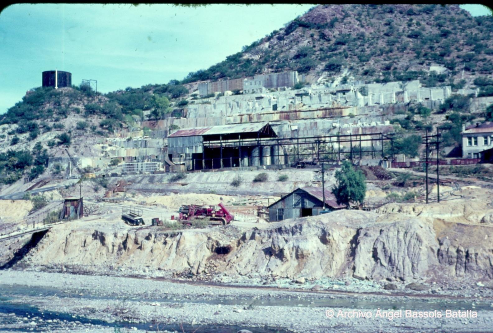 Antigua planta de concentrados en Nacozari