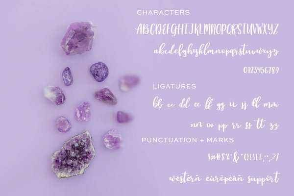 character map for Auttie Script Font with Heart Swashes