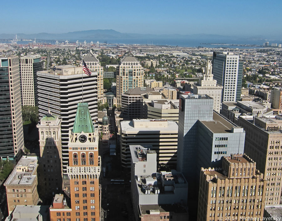 Aerial photo of Downtown Oakland looking north towards Mount Tamalpais