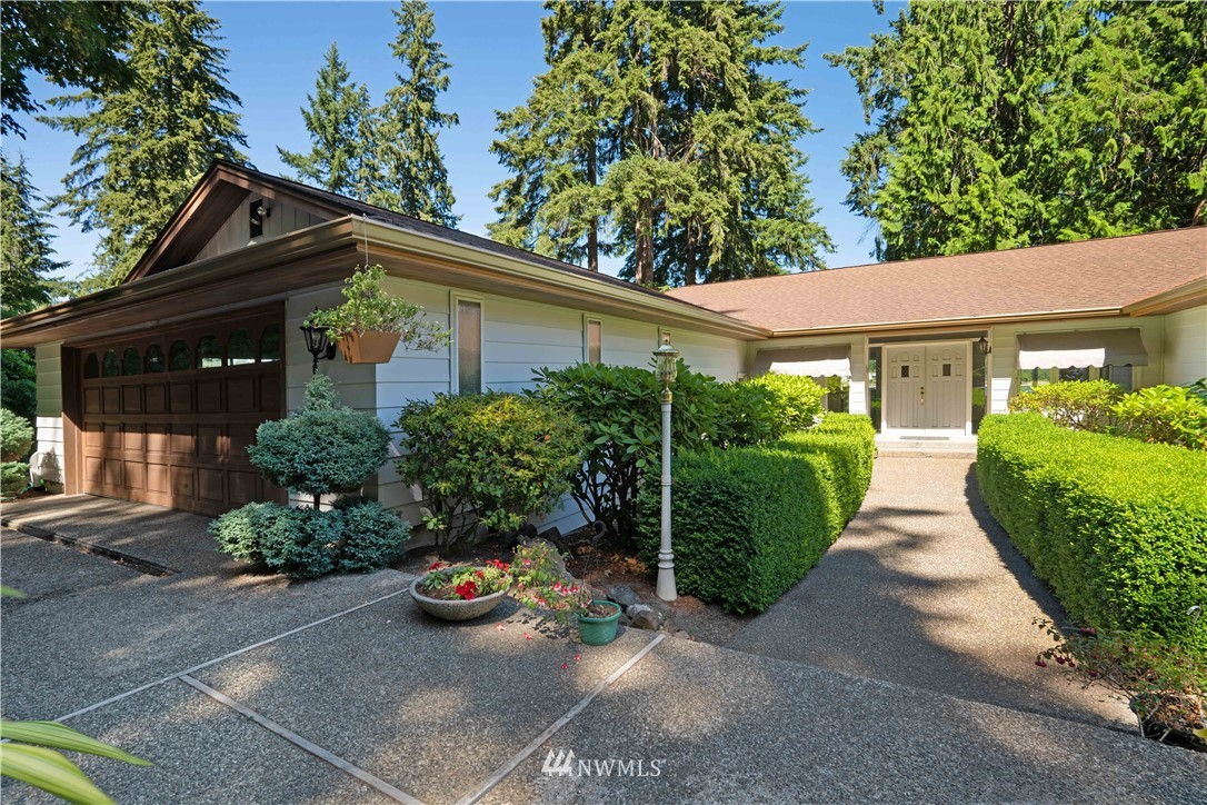 Image 2 For 2129 50th Avenue Nw