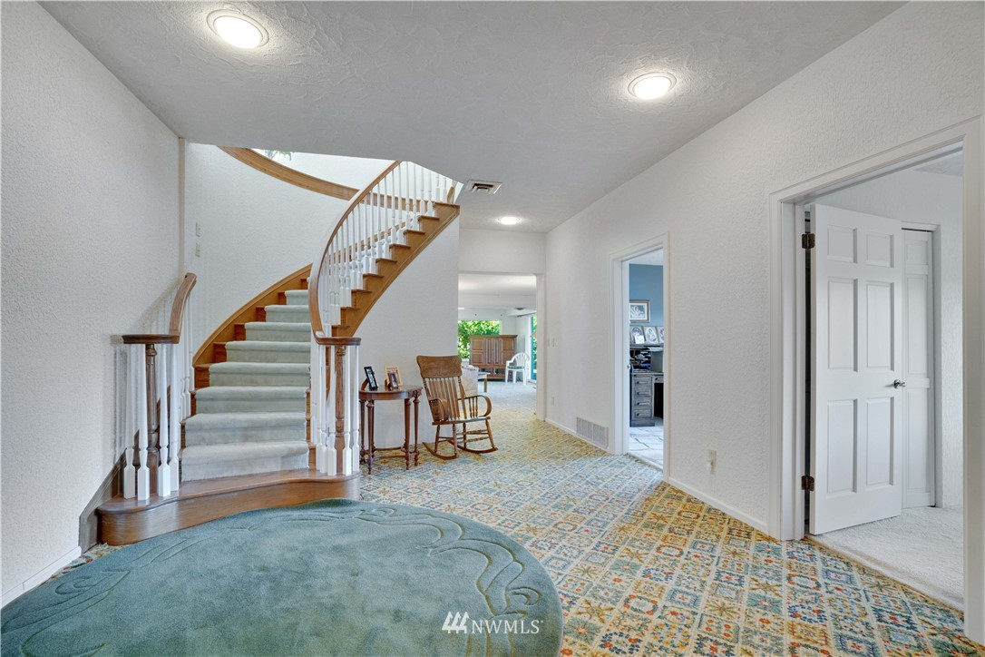 Image 31 For 2129 50th Avenue Nw