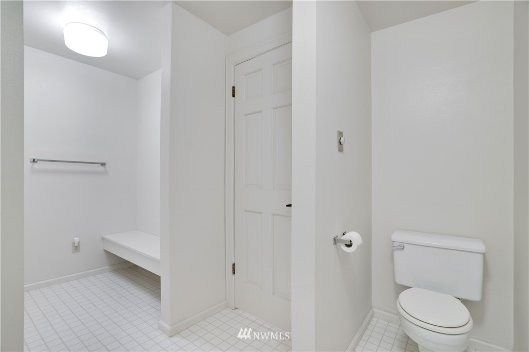 Image 36 For 2129 50th Avenue Nw