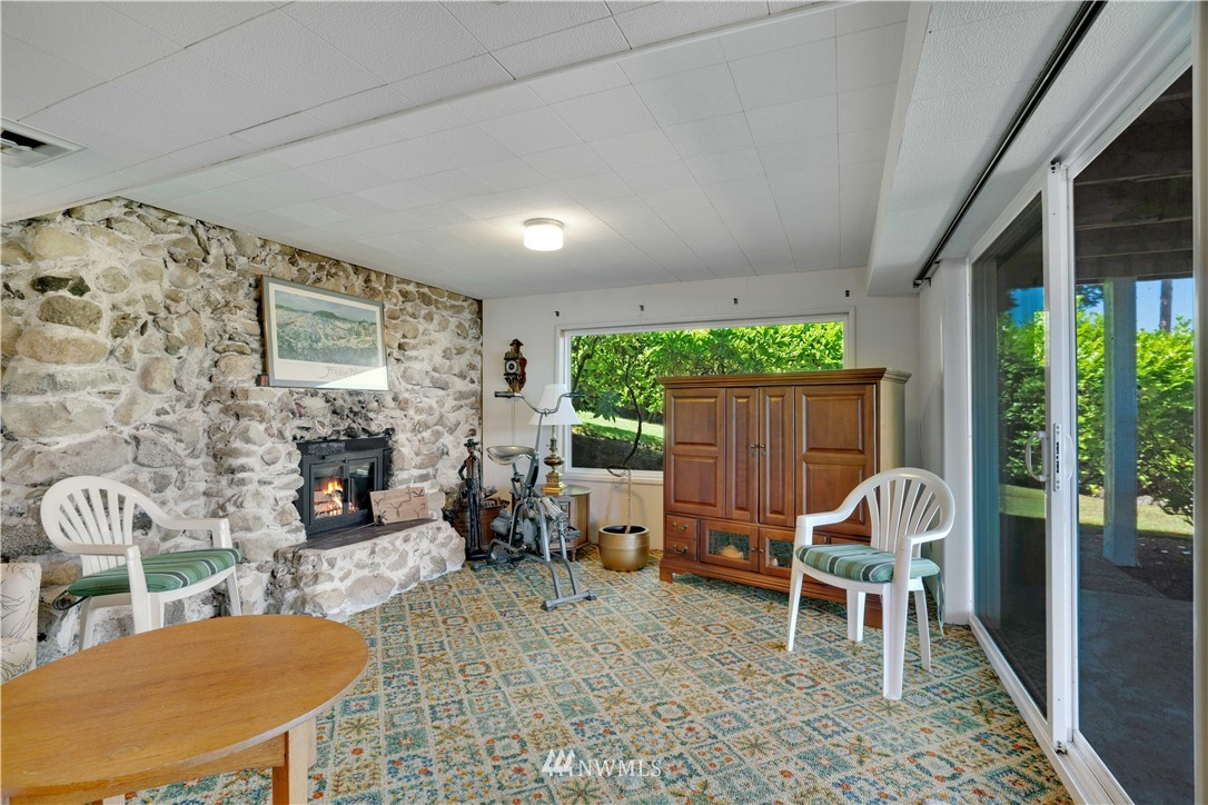 Image 39 For 2129 50th Avenue Nw