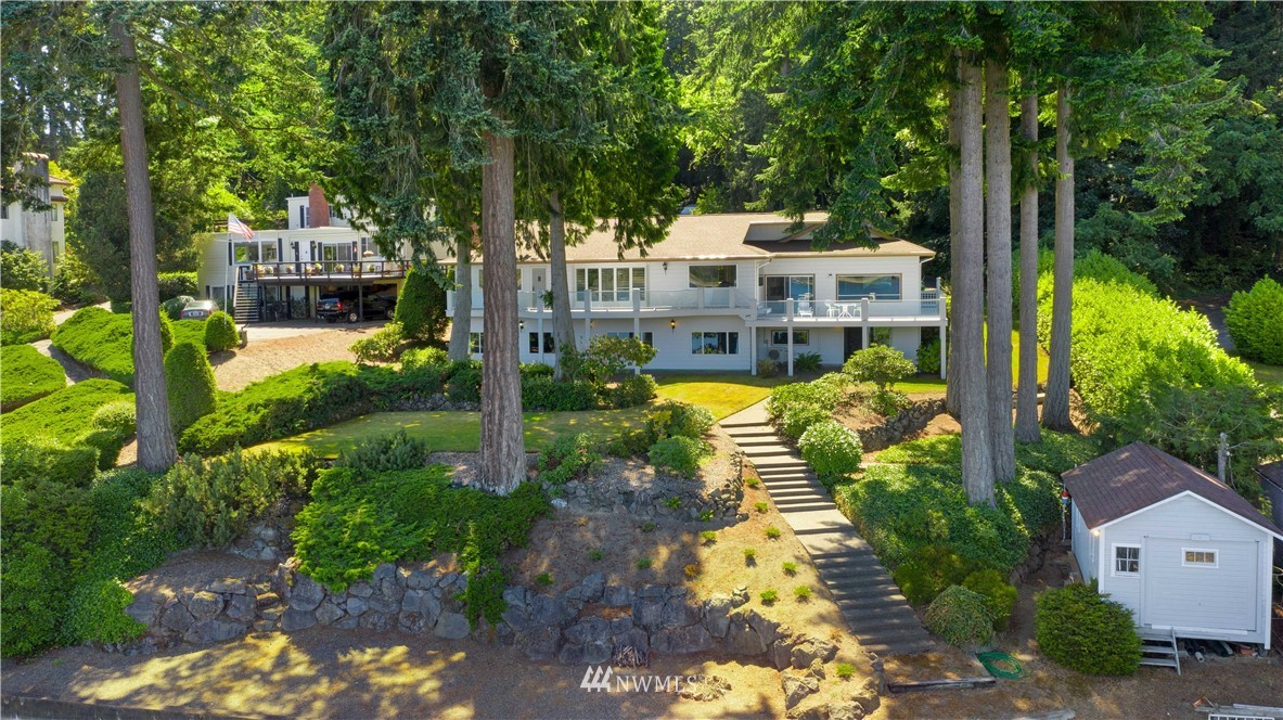 Image 8 For 2129 50th Avenue Nw