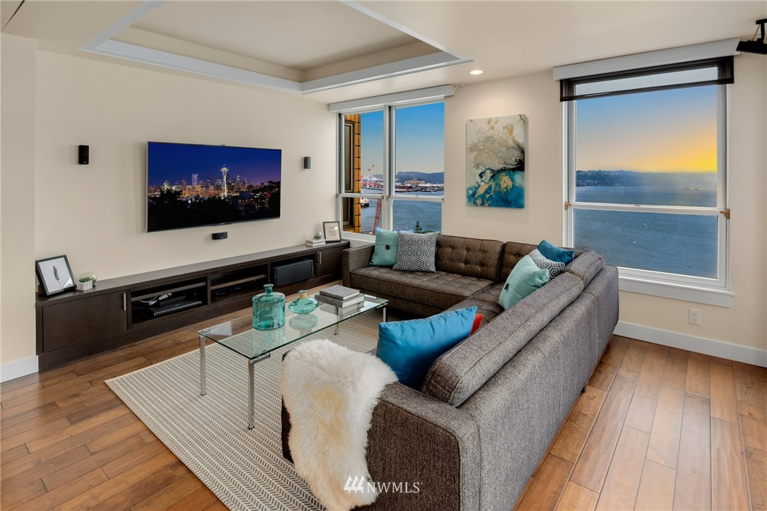 Image 2 For 1107 1st Avenue 1805
