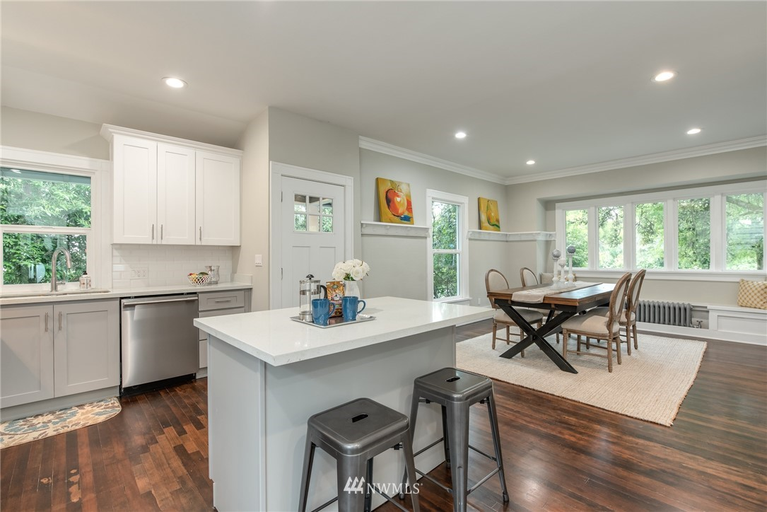 Image 2 For 5517 5th Avenue Nw