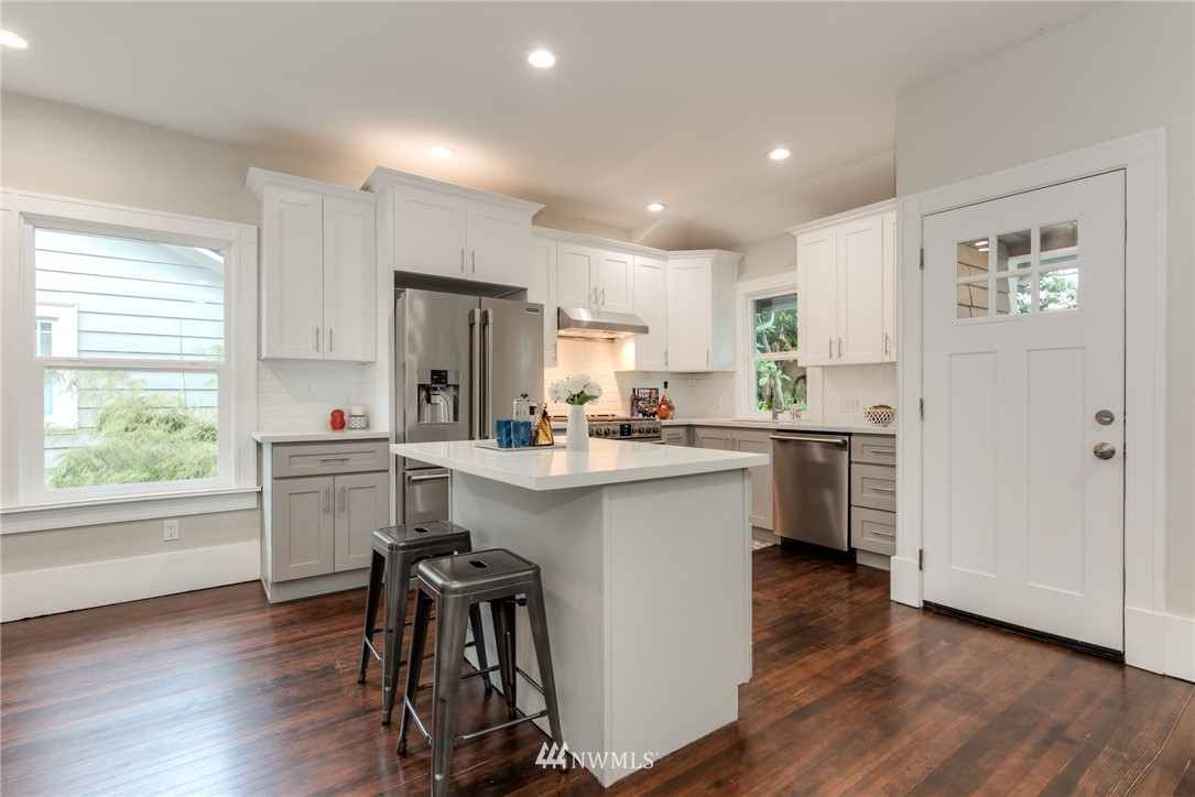 Image 3 For 5517 5th Avenue Nw