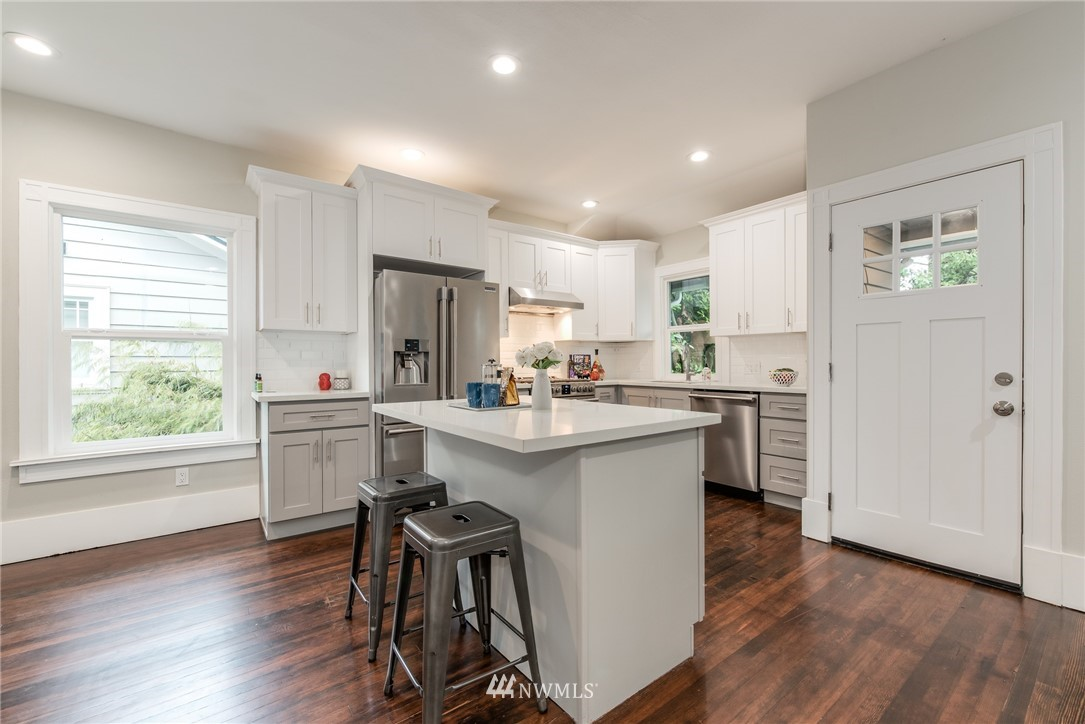 Image 4 For 5517 5th Avenue Nw