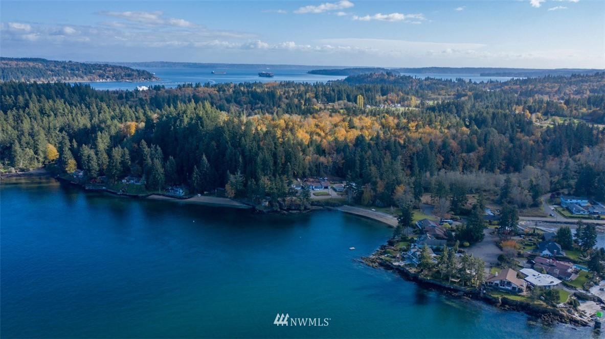 Details for 1 Beach Drive E, Port Orchard, WA 98366