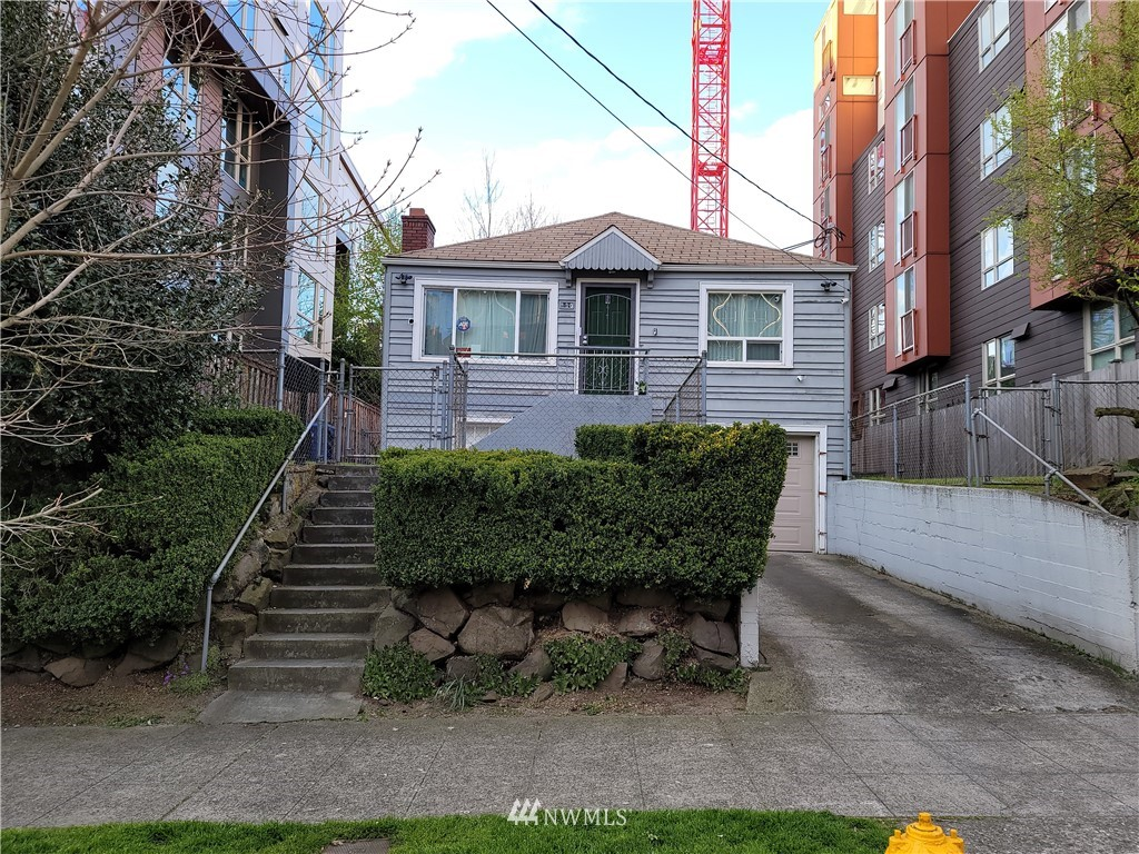 Details for 830 67th Street, Seattle, WA 98115