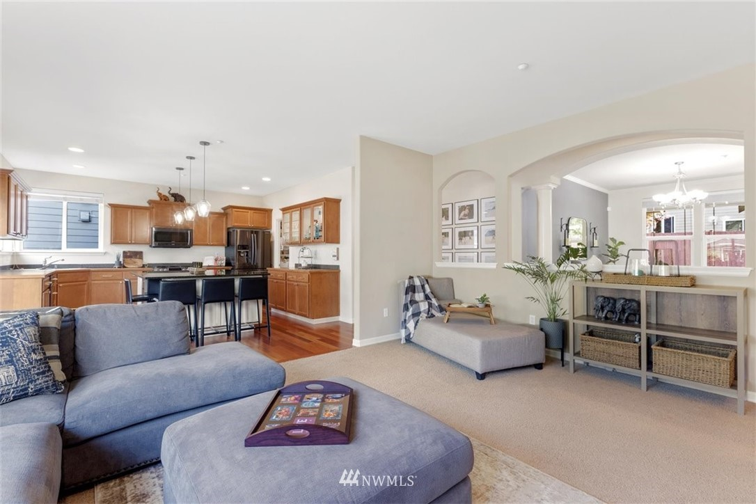 Image 12 For 906 48th Street