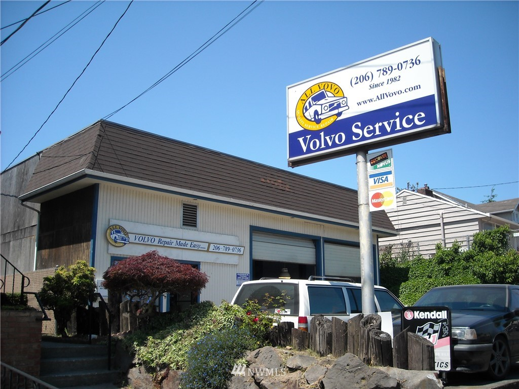 Listing Details for 7535 Po Box 82218 Avenue Nw, Seattle, WA 98117