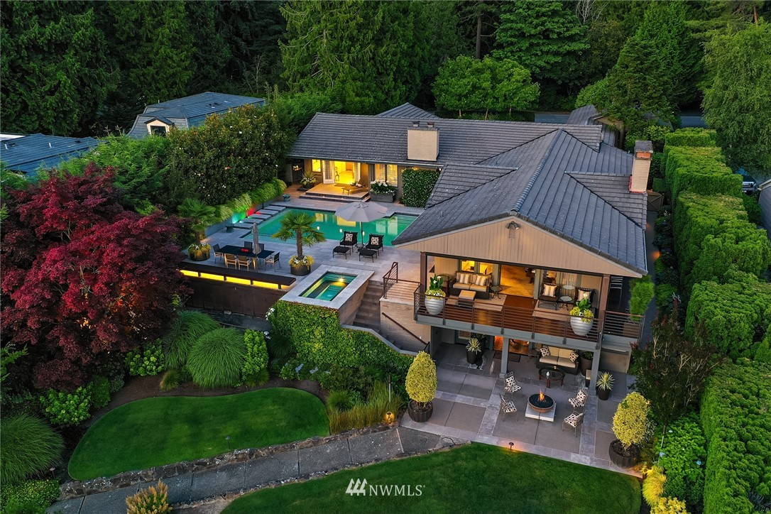 Details for 3227 Hunts Point Road, Hunts Point, WA 98004
