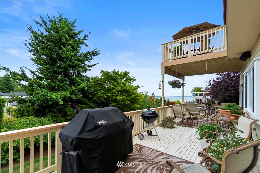 Image 10 of 27 For 30147 16th Avenue Sw