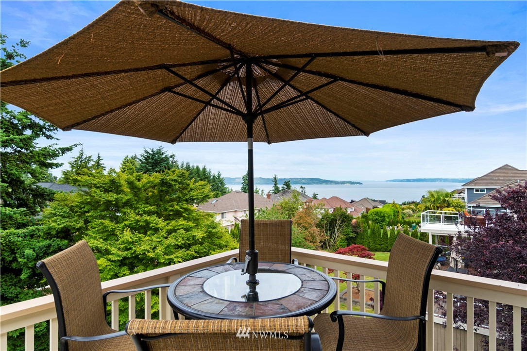 Image 21 of 27 For 30147 16th Avenue Sw