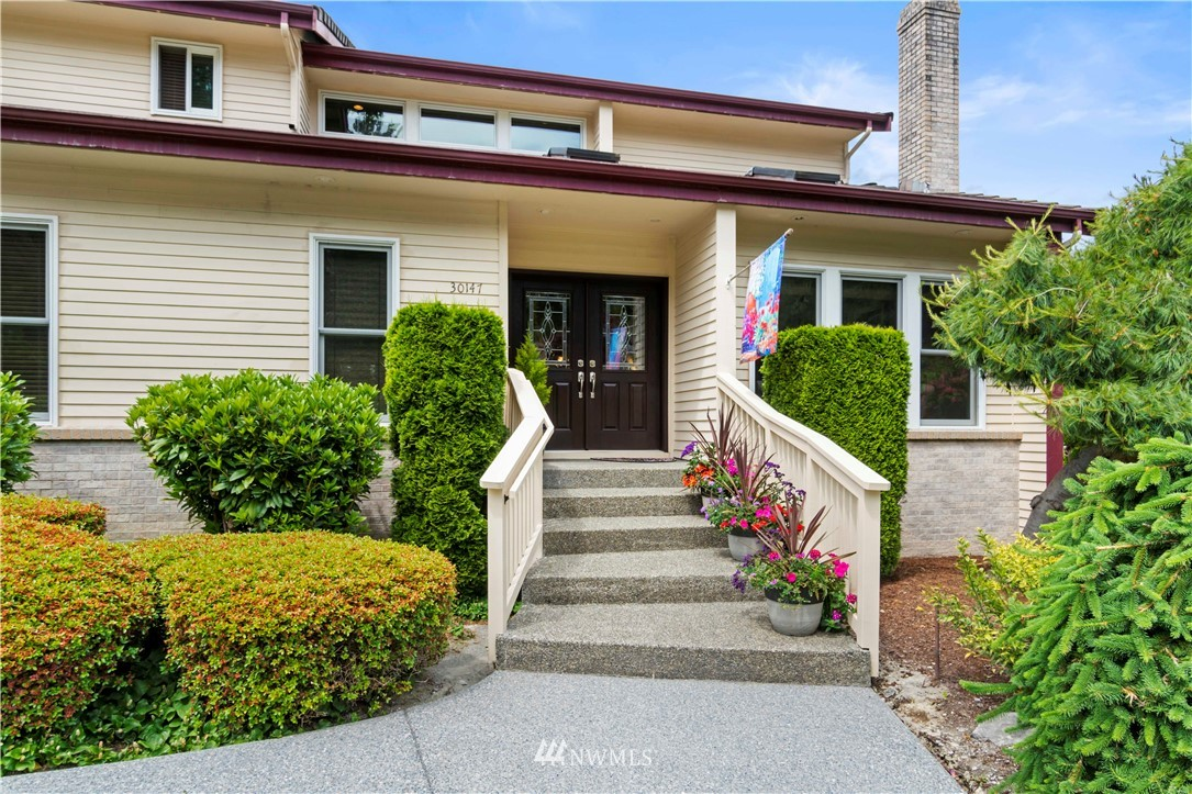 Image 3 of 27 For 30147 16th Avenue Sw