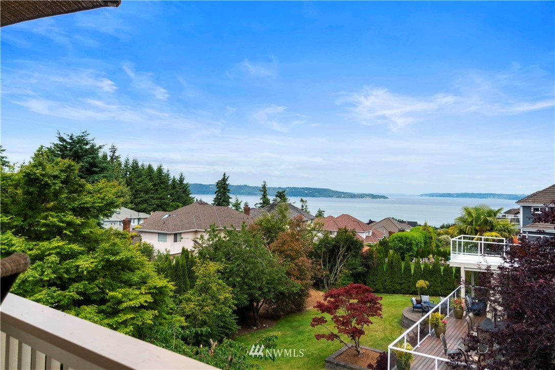 Image 9 of 27 For 30147 16th Avenue Sw
