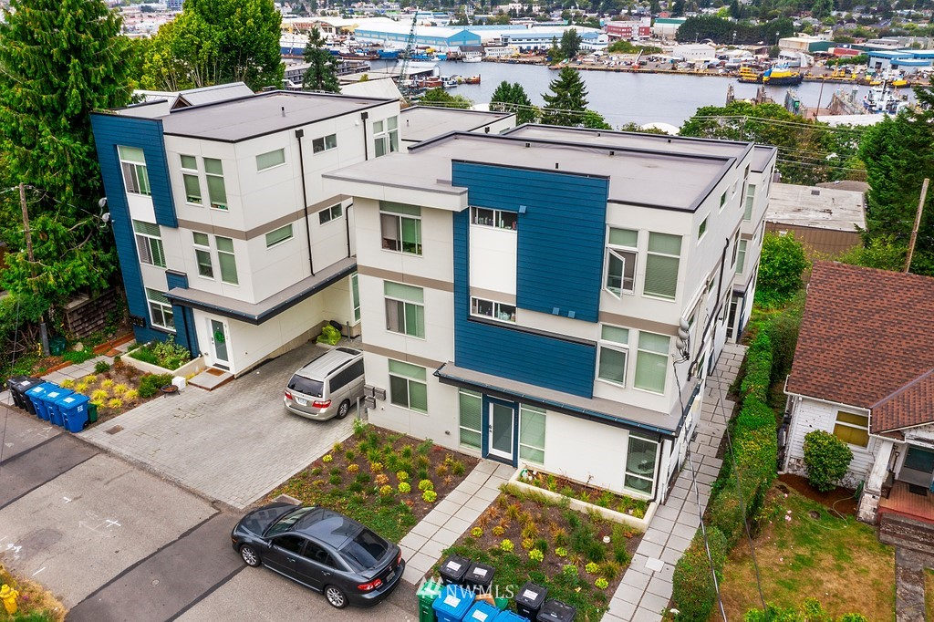 Details for 914 Emerson Street, Seattle, WA 98119