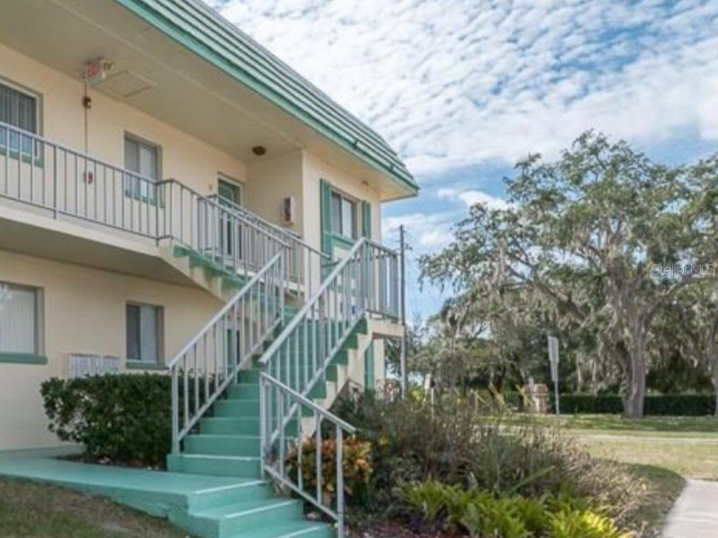 Details for 2001 Greenbriar Boulevard 18, CLEARWATER, FL 33763
