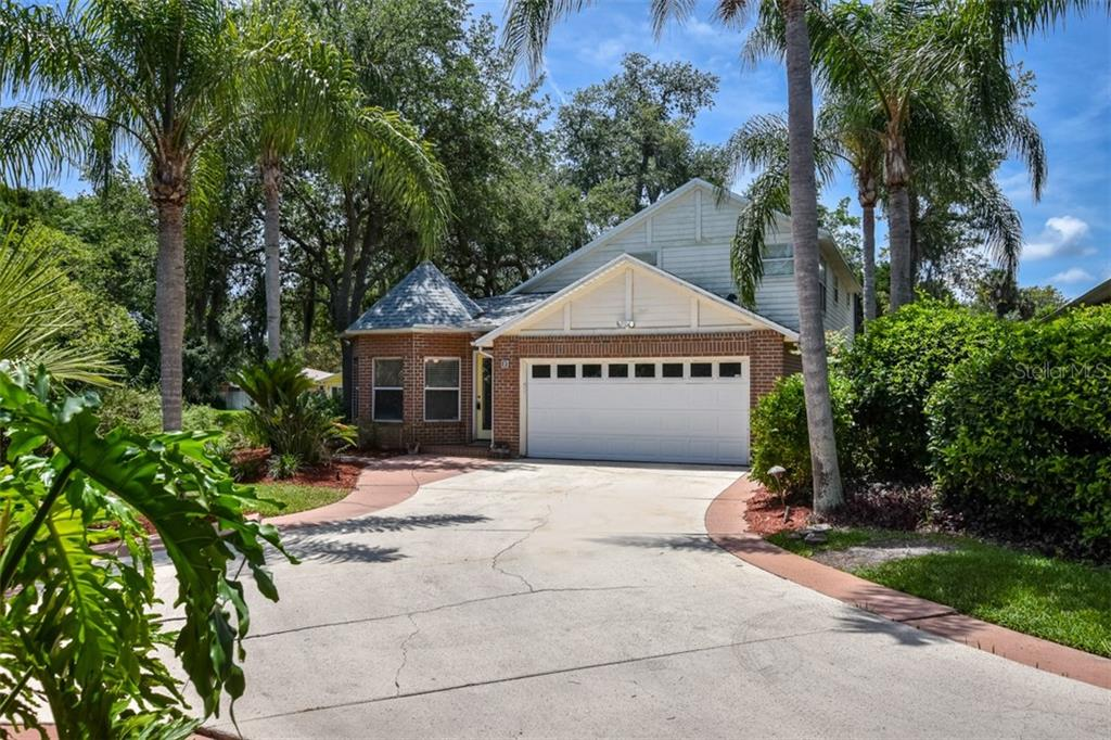 Details for 2 Oak Village Drive, ORMOND BEACH, FL 32174