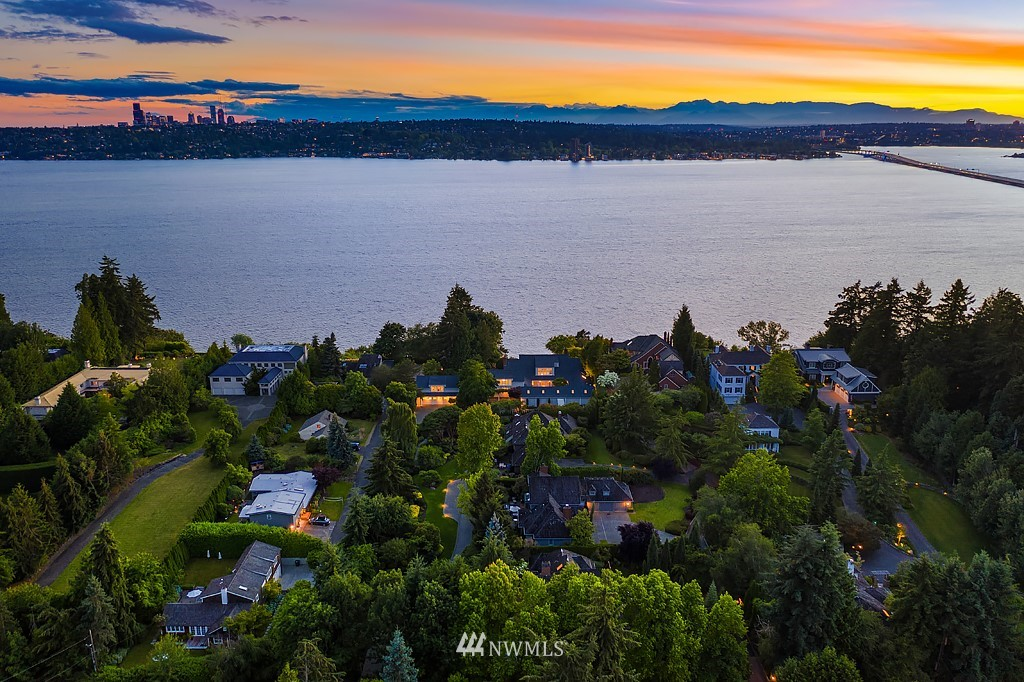 Details for 2247 Evergreen Point Road, Medina, WA 98039