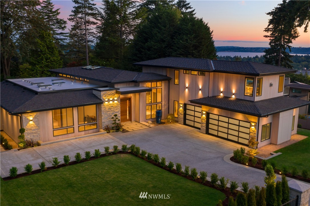 Details for 9223 19th Street, Clyde Hill, WA 98004