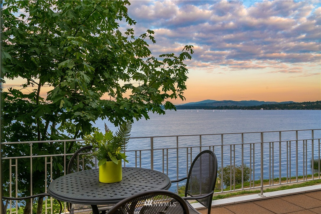 Details for 1454 Madrona Drive, Seattle, WA 98122